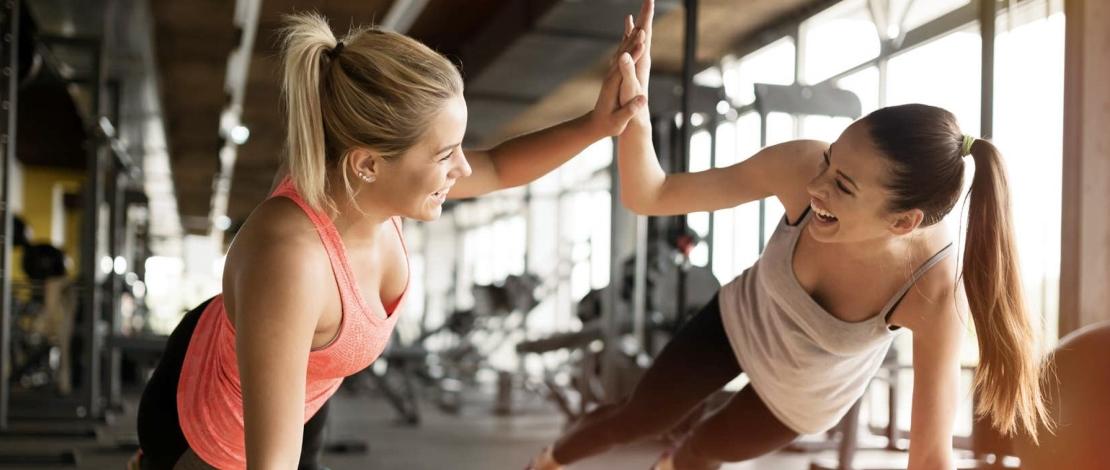 Групповые тренировки в фитнес-клубе для похудения