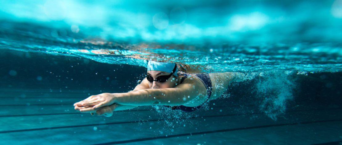 Сколько калорий можно сжечь с помощью плавания