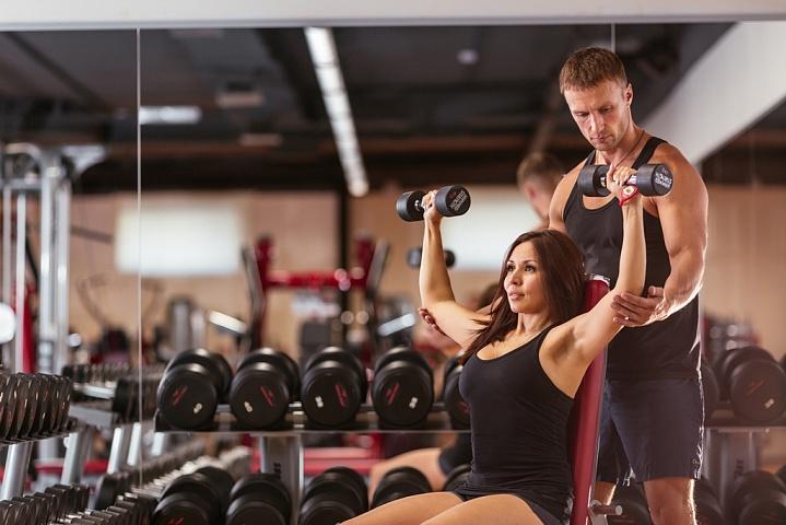 Топ-7 преимуществ персональных тренировок с тренером этим летом